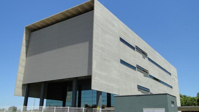 Vista lateral da obra concluída